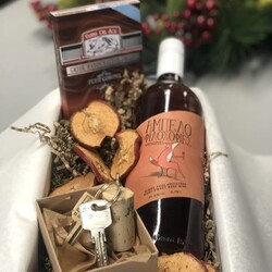 Each Saturday has its own wine story. Ours has the touch of Greece.   #wedelivergreece #chicgreekgifts Explore more gift ideas on our website: shorturl.at/opyRU