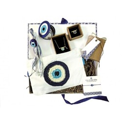 Have Greece delivered home from Chic Greek Gifts. Check. On World Checklists day, we celebrate the everyday insanity with a tint of Greece.   #wedelivergreece #chicgreekgifts Explore more gift ideas on our website: shorturl.at/aoqtA